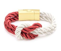 Firenze burgundy red and white, bordeaux luxury looking bracelet  with perfect knot. Inspired by Italian cities famous worldwide for fashion, the collection ''Italian Dolce Vita'' symbolizes life to the Italian : Living every day as a new adventure. Having a bracelet from the Italian Dolce Vita collection will make you an ambassador of life, enjoying every day the pleasures that life offers you. #LEOMAZZOTTI #Bracelet #Giftidea #Jewelry #Perfectknot #Perfectknotbracelet Only Fashion, Style Fashion, Designer Wallets, Jewelry Gifts, Jewelery, Perfect Woman, Bohemian Jewelry, Wallets For Women, Street Style Women