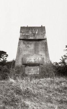 Paul Virilio. Bunker Archeology