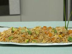 Te comparto mi secreto para aprender cómo hacer <strong>arroz oriental estilo Yakimeshi</strong>. El arroz oriental tiene un muy buen sabor gracias a que se cocina con verduras picadas y huevo, por lo que además es muy nutritivo.  Prueba esta deliciosa <strong>receta de Yakimeshi hecho en casa</strong>.