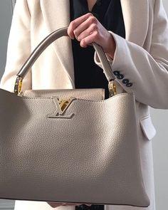 11 of The Best Designer Work Bags with Video - Handbagholic Fashion Handbags, Purses And Handbags, Fashion Bags, Leather Handbags, Handbags For Women, Stylish Handbags, Luxury Purses, Luxury Bags, Best Designer Bags