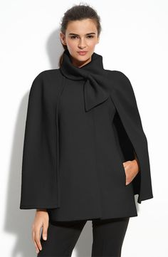 Tahari Belle Capelet in Black Mode Chic, Mode Style, Style Me, Cape Jacket, Cape Coat, Look Fashion, Winter Fashion, Womens Fashion, Fashion Cape