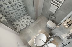 Small Apartment Under 30 Square Metre – One Light. The bathroom doesn't have a particularly spacious floor plan either. It's simple materials for the primary surfaces allow plenty of room to explore bold tile patterns. House Bathroom, Monochromatic Bathroom, Small Bathroom, Small Rooms, Bathroom Decor, Bathroom Design, Apartment Design, Interior Styling, Bathroom Layout