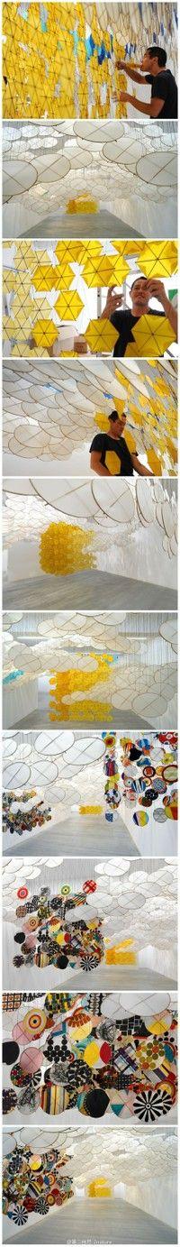 """Jacob Hashimoto: Titulado """"el otro sol"""". El artista nacido en Estados Unidos utiliza cientos de pequeñas cometas y como elementos de bambú y papel de arroz producido, pintó un patrón diferente."""