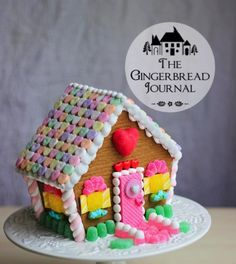 gingerbread house blog with tutorials, recipes, and pattern; www.gingerbreadjournal.com