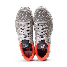 26 fantastiche immagini su Shoes Sneakers | Scarpe, Giacca