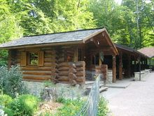 Galerie foto case si cabane din lemn rotund - LOG HOME Vatra Dornei, Suceava Small Log Cabin, Case, House Styles, Home Decor, Decoration Home, Room Decor, Tiny Log Cabins, Home Interior Design, Home Decoration