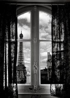 Fenêtre sur Paris Prints by Mauricio Hellerdani at AllPosters.com