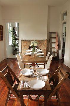 awelltraveledwoman:    tarafirma:    table set.    I miss you!