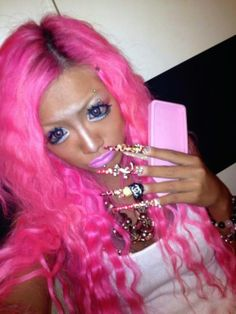You Know I Look Damn Good - No Way Girl - Makeup, Hair, and Nails Fail  ---- best hilarious jokes funny pictures walmart humor fail