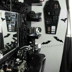 Dark Home Decor, Goth Home Decor, Gypsy Decor, Gothic Room, Gothic House, Room Ideas Bedroom, Bedroom Decor, Goth Bedroom, Halloween Bedroom