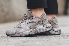 Nike WMNS Air Huarache 'Iron' Is the Best Colorway We've Seen So Far