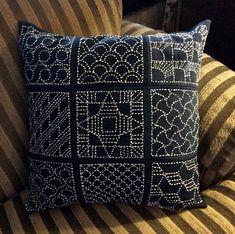 sashiko pillow   por davis.jacque