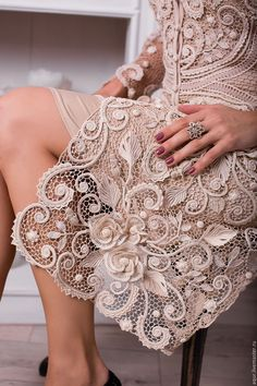 15 Ideas For Crochet Lace Flower Wedding - Diy Crafts - Qoster Irish Crochet Patterns, Lace Patterns, Crochet Designs, Crochet Coat, Crochet Clothes, Crochet Lace, Beau Crochet, Mode Crochet, Crochet Russe