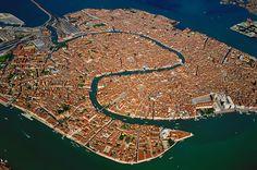 Venedig von oben - überschaubar - verbindend