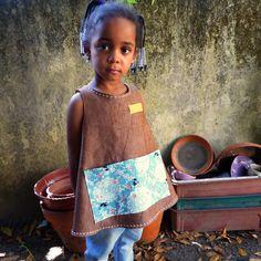 avental de menina #anaïf, bibe  girl carefree #apron, by A Naïf  Colecção Livre Para Brincar