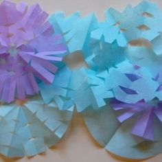 A variety of snowflake ideas - including some that are easy arts and crafts ideas for senior citizens as well as their grandkids