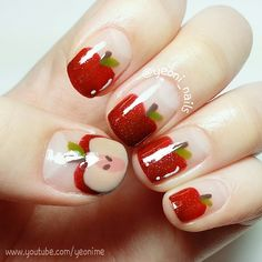 Apple Nails by Instagrammer @yeoni_nails