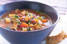 A good warm bowl of Minestrone soup with some crusty bread, really just makes my day better...  I <3 soup