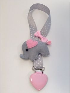 Pacifier clip, sweet baby elephant! Baby Girl Elephant, My Baby Girl, Baby Elephants, Baby Kids Wear, Baby Doll Toys, Silicone Baby Dolls, Dummy Clips, Creation Couture, Baby Rattle
