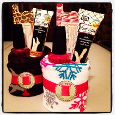 Cute Christmas gift idea! Roll up a pair of socks and add nail polish, toe separator, foot mask, etc.