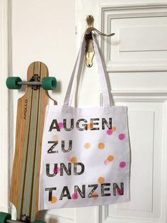 Jutebeutel mit Konfetti für Tanzfreude / jute bag with confetti print made by annis stempelei via DaWanda.com