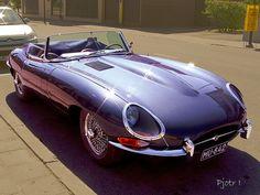 Jaguar E Type Convertible @}-,-;--
