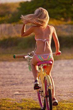 Dirt+Riders+-+Sexy+Girls+on+Bikes_50.jpg 500×750 pixels