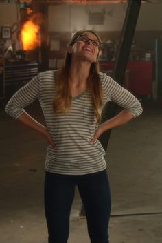 Kara Danvers / Supergirl wearing  Gap Long-sleeve Stripe V-neck Pocket Tee