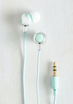 Teach 'Em a Listen Earbuds in Mint. School onlookers in stylish jamming each time you sport these mint earbuds out n about. #mint #modcloth