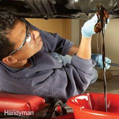 One of the most critical maintenance chores for cars is changing the oil regularly. Learn how to change your own oil quickly and without getting too dirty. You'll save money and extend the life of your car by thousands of miles. Car Fix, Car Cleaning Hacks, Oil Change, Diy Car, Sport Cars, Custom Cars, You Changed, Just In Case, Automobile