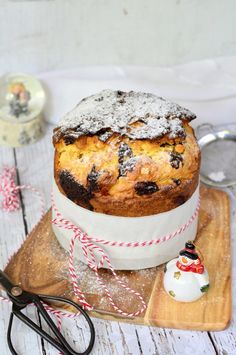 Csokoládés-narancsos panettone recept - Kifőztük, online gasztromagazin Gourmet Recipes, Cookie Recipes, Ring Cake, Winter Food, Cakes And More, How To Cook Pasta, No Bake Cake, Cake Cookies, Italian Recipes