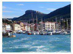 Cassis...  Site - http://mistoulinetmistouline.eklablog.com Page Facebook - https://www.facebook.com/pages/Mistoulin-et-Mistouline-en-Provence/384825751531072?ref=hl