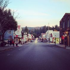 Downtown Nevada City, Broad Street, photo by Erin Thiem/Outside Inn Best Hotel Deals, Best Hotels, Nevada City California, Online Travel, Stay The Night, Street Photo, Motel, Vacation