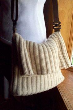 Borsa Messenger maglione di lana riciclata di LazyTcrochet su Etsy
