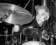 Steve Gadd, Drum Sets, Drums, Music Instruments, Google Search, Percussion, Percussion, Musical Instruments, Drum