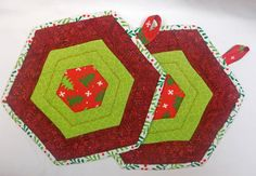 Quilted Christmas theme Potholders  Holiday by QuiltingFrenzy