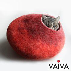 VAIVA cat house 隠れ家風キャットハウス