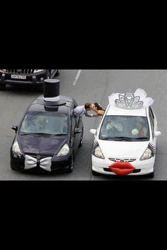 So cool,.. bride n groom mobiles