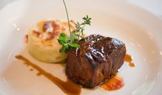 New Year's eve dinner menu ideas 2014 with Dolce&Gabbana Gold Restaurant recipes - Flank steak with potatoes flan