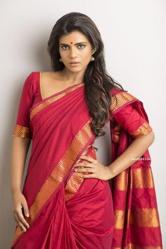 Actress Aishwarya Rajesh Latest Portfolio Photoshoot 2015 (3) at Aishwarya Rajesh Photoshoot in April 2015  #ActressAishwarya #AishwaryaRajesh #IyshwaryaRajesh