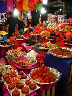 Mexican markets are a tradition dating back to pre Hispanic times, & continue at the heart of the Mexican culture