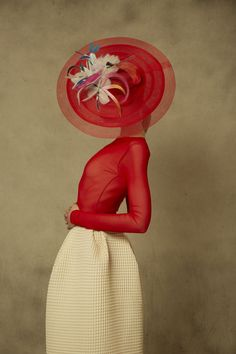 Sombreros Conchitta Photografy Art, Run For The Roses, Your Spirit Animal, Fancy Hats, Wearing A Hat, Summer Hats, Classic Outfits, Fashion Sketches, Fashion Photography