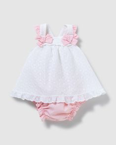 Baby Dress Design, Baby Girl Dress Patterns, Cute Baby Dresses, Little Girl Dresses, Little Kid Fashion, Baby Girl Fashion, Baby Frocks Designs, Frocks For Girls, Baby Sewing
