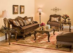 Babette Traditional Living Room Collection | Design Tips & Ideas | Raymour and Flanigan Furniture
