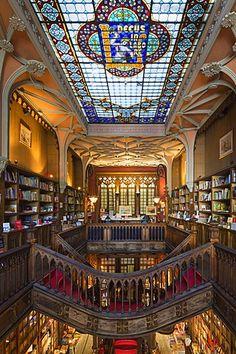 Lello and Irmao bookshop, Spiral stairs, Oporto, Portugal