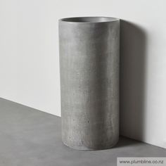 Como Freestanding Basin Concrete Materials, Polished Concrete, Getting Wet, Wet And Dry, Concrete Basin, Vase, Basins, Artwork, Kitchen
