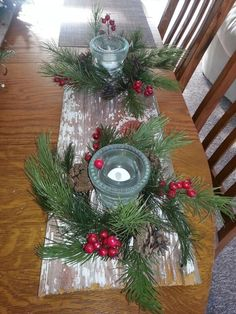 more centerpieces Christmas with barn wood and insulators Natural Christmas, Christmas Wood, Country Christmas, Christmas Projects, Christmas Lights, Christmas Stockings, Christmas Ideas, Christmas Wedding Centerpieces, Wood Centerpieces