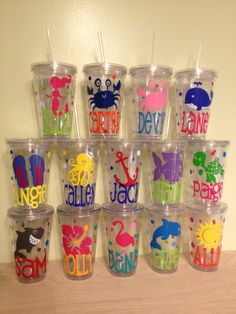 Beach, Summer theme - Quantity 3 Personalized acrylic tumbler w/ lid and straw - mix and match any design, name w/ polka dots Vinyl Tumblers, Acrylic Tumblers, Plastic Tumblers, Silhouette Vinyl, Silhouette Cameo Projects, Vinyl Crafts, Vinyl Projects, Vinyl Monogram, Monogram Cups