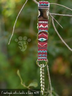 Fabric dog collar from www.thesilverhound.net stylish, fashionable, affordable, dog collar.