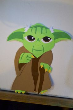 Make a paper yoda I did. Tinkerbell, Paper Flowers, Disney Characters, Fictional Characters, Disney Princess, Crafts, Etsy, Art, Art Background